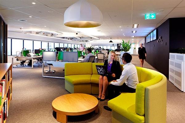 Các mẫu nội thất dành cho không gian mở ưu tiên về các loại nội thất văn phòng thông minh, tích hợp đầy đủ các tiện ích văn phòng