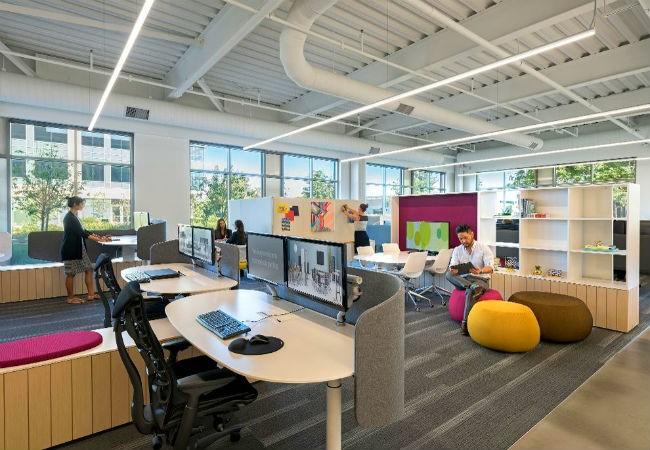 Không gian nội thất văn phòng kết hợp phòng đọc sách là một ý tưởng thiết kế nội thất văn phòng có tính sáng tạo tuyệt vời