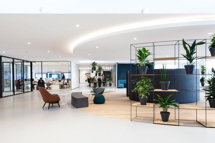 Nắm bắt những xu thế xây dựng thiết kế đang hot sẽ giúp bạn lên ý tưởng xây dựng văn phòng hiện đại của mình dễ dàng hơn