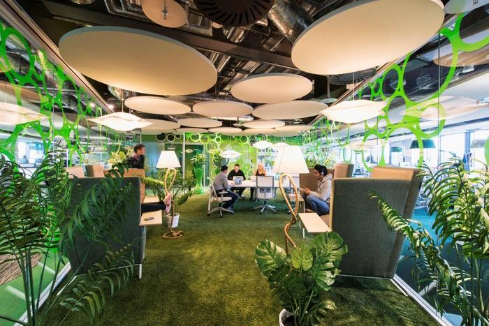 Thiết kế văn phòng làm việc ra sao thể hiện bộ mặt và định hướng phong cách riêng biệt của từng doanh nghiệp
